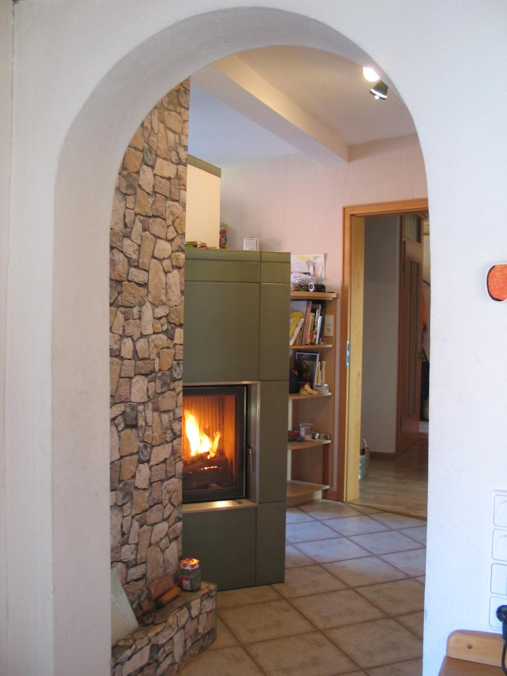 kachelofen umbauen offener kamin umbauen tolle umbau. Black Bedroom Furniture Sets. Home Design Ideas